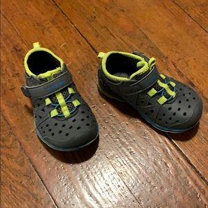 Stride rite size 6c shoe